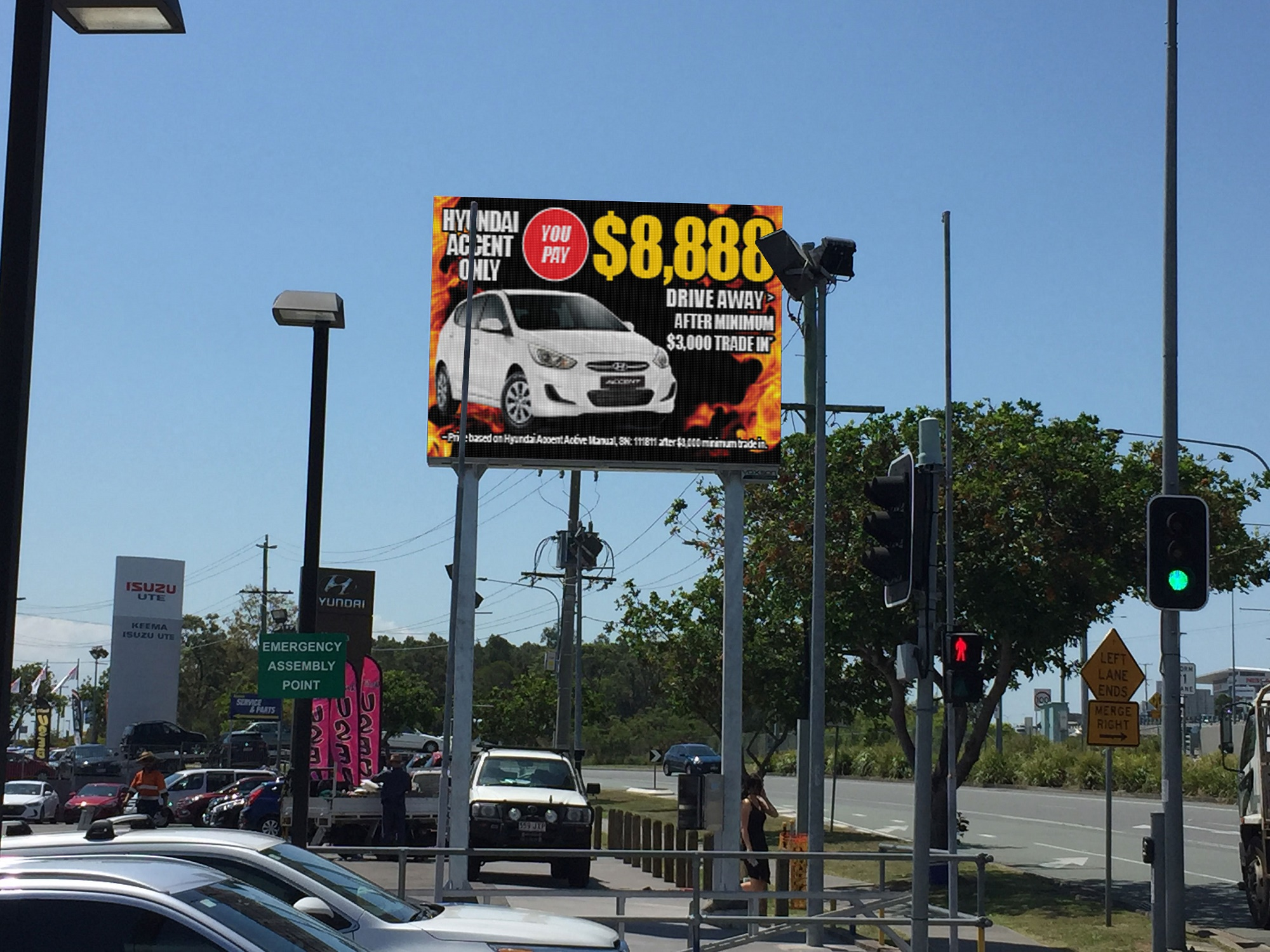 Keema Cars - Springwood - LED Sign with static lightbox